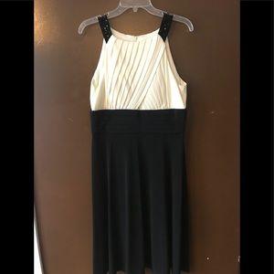 Jessica Howard block dress